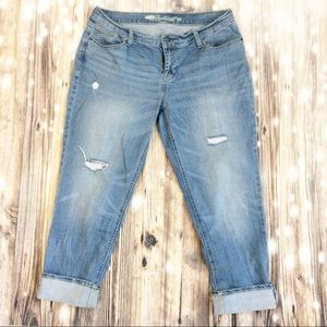 Old Navy Distressed The Boyfriend Skinny Jeans